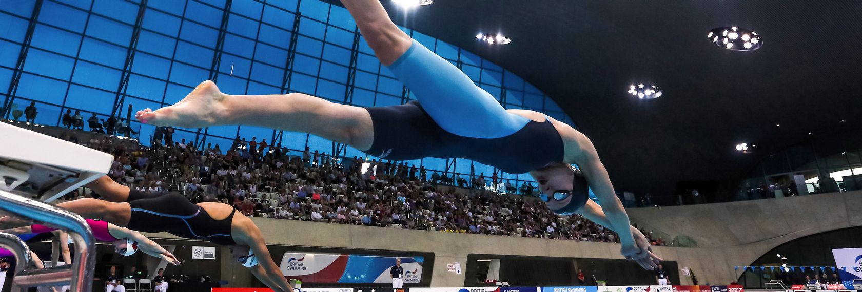 jazz_carlin_dive_london_aquatics_british_champs.jpg