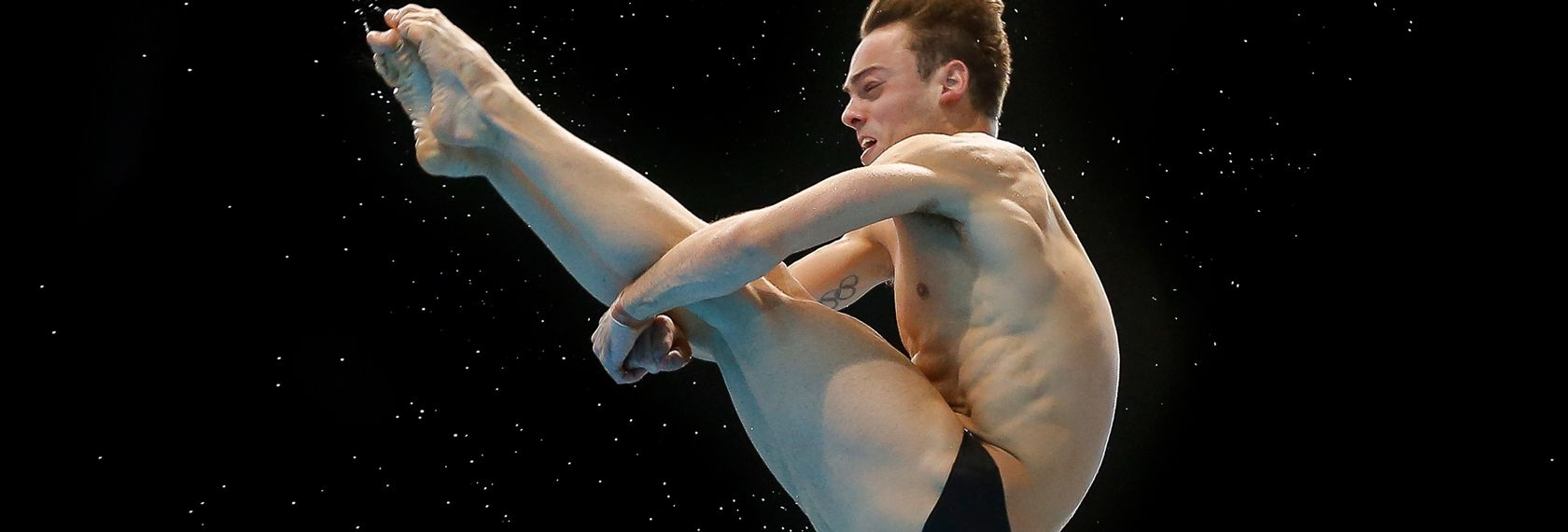 tom_daley_pike_dive_2015.jpg