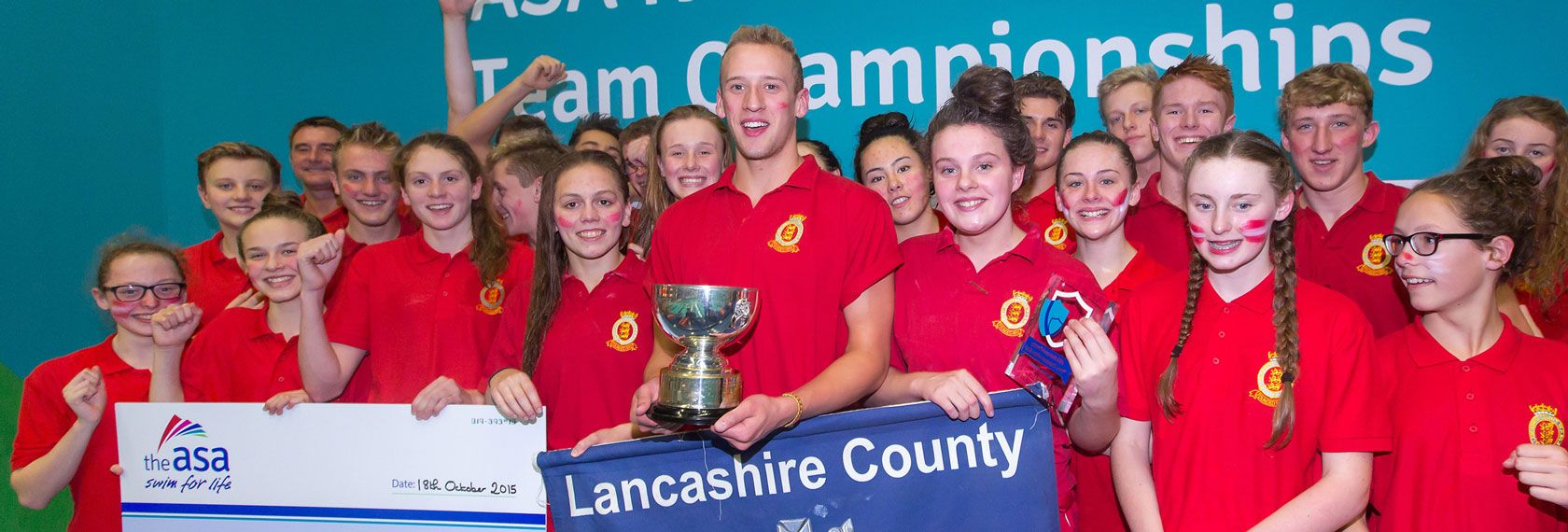 lancashire_win_2015_county_team_champs.jpg